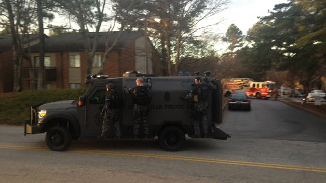 Cavalier Drive was closed down after SWAT was called to the apartment complex. (Jan. 15, 2014/FOX Carolina)