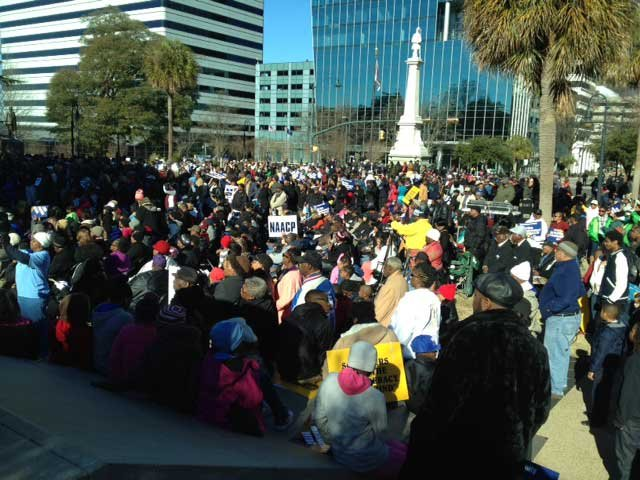 Crowds gather in front of the State House in Columbia for MLK Day. (Jan. 20, 2014/FOX Carolina)