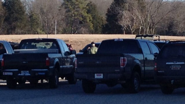 Search crews continue looking for Mr. Garrett. (Jan. 30, 2014/FOX Carolina)