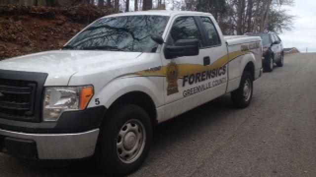 Deputies respond to the death investigation. (Feb. 1, 2014/FOX Carolina)