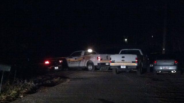 Deputies and SLED respond to the Scruggs Circle shooting. (Feb. 1, 2014/FOX Carolina)