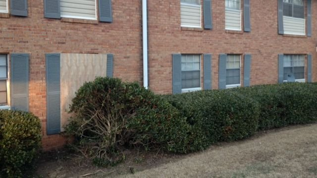 Woman charged after crashing into apartment building (Fox Carolina)