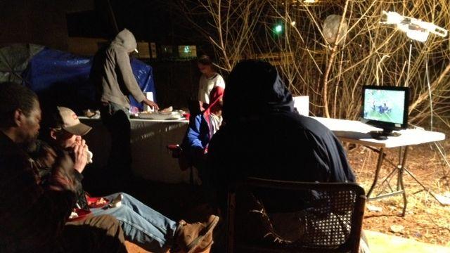 Residents watch the game. (Feb. 2, 2014/FOX Carolina)