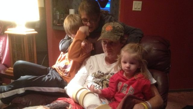 Randall Thornburg with his wife and kids, recovering at home. (Feb. 4, 2014/FOX Carolina)