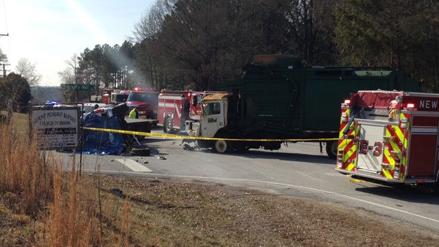 Scene of the fatal crash along Highway 292. (Feb. 7, 2014/FOX Carolina)