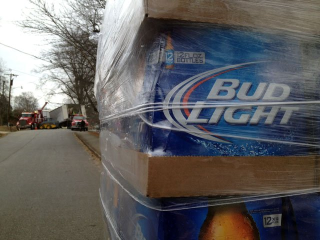 The tractor trailer crash that shutdown Perrin Street Monday morning. (Feb. 10, 2014/FOX Carolina)