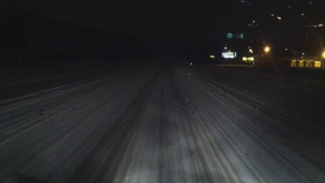 A snow covered Spartanburg highway. (Feb. 13, 2014/FOX Carolina)