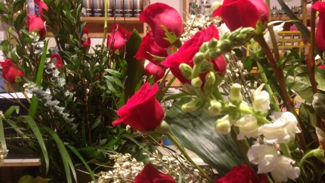 Florists are getting ready for Valentine's day. (FOX Carolina/ Feb. 13, 2014)