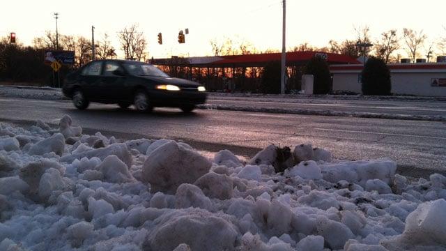 A snowy, icy Lyman road. (Feb. 14, 2014/FOX Carolina)