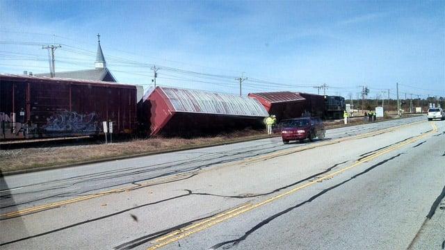 A look at the derailed cars along US 76. (Feb. 17, 2014/FOX Carolina iWitness Cory F.)