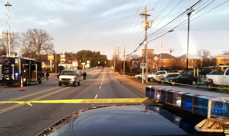 Deputies investigate deadly shooting. (Fox Carolina)