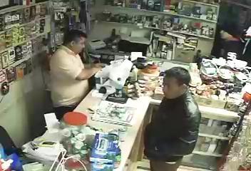 Clerk bound, robbed at gunpoint (Courtesy: Henderson Co. Sheriff's Office)