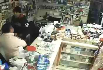 Clerk bound, robbed at gunpoint (Courtesy: Henderson Co. Sheriff's Office)