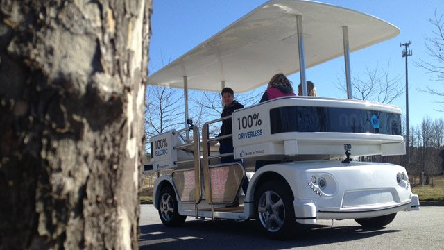 A Navia shuttle carts drivers around Greer Memorial. (Feb. 28, 2014/FOX Carolina)