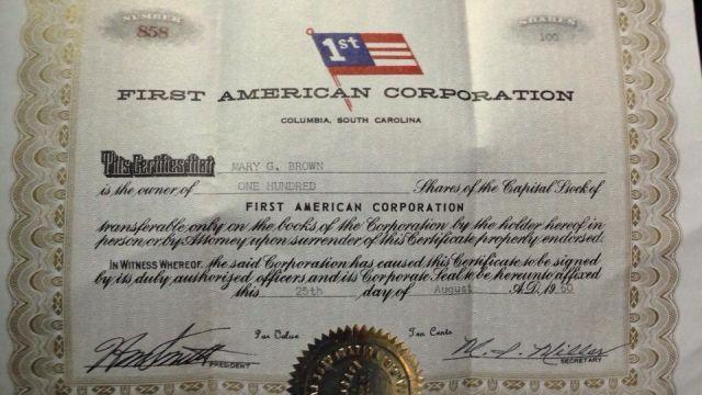 Rocky Burgess shows the certificate he found. (Fox Carolina)