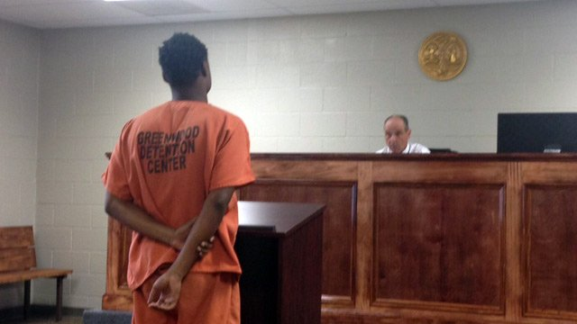 Anderson appears before a judge Tuesday morning. (March 4, 2014/FOX Carolina)