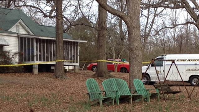 Deputies respond to report of shooting at home along Union Highway. (March 5, 2014/FOX Carolina)