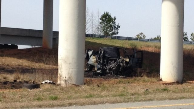 Troopers: one killed in deadly, fiery crash (Fox Carolina)