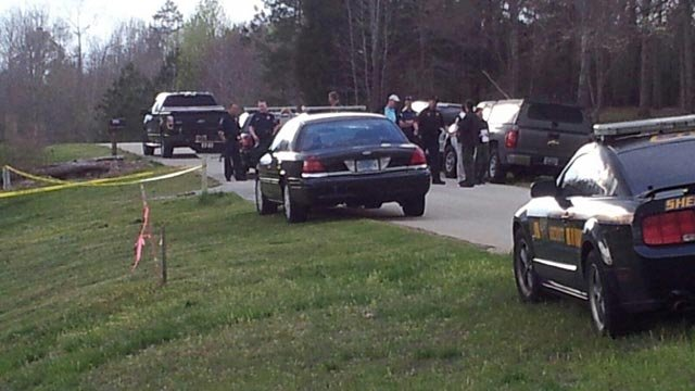 Deputies investigated a fatal shooting on Cochise Road in Waterloo. (April 8, 2014/FOX Carolina)