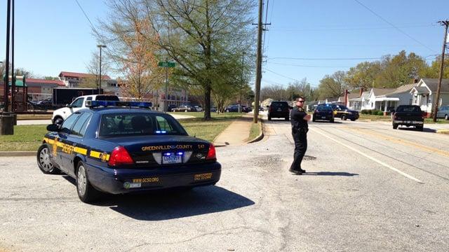 Deputies respond to Cherrydale Elementary. (April 10, 2014/FOX Carolina)
