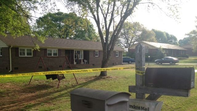 Anderson County deputies investigate shooting (Fox Carolina)