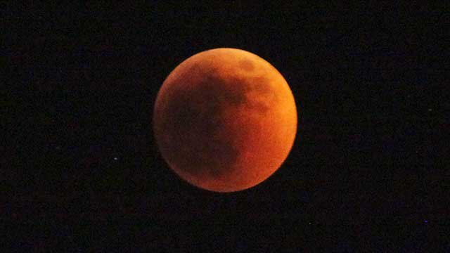 Blood Moon pic from A.P. in Africa