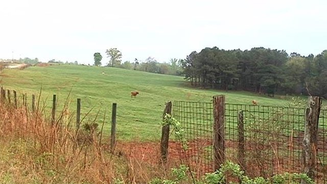 Union Co. deputies are investigating the shooting of local livestock. (April 14, 2014/FOX Carolina)