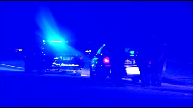 Police and deputies respond to shooting in Williamston. (April 22, 2014/FOX Carolina)