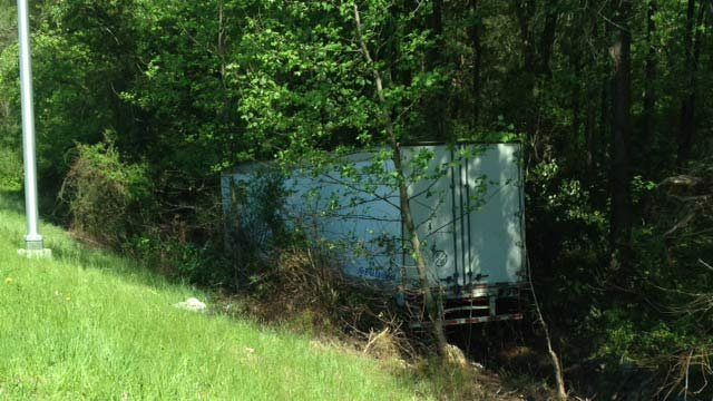The wreck blocked traffic on Wednesday afternoon. (April 23, 2014/FOX Carolina)