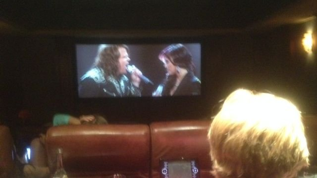 Family and friends watch Caleb Johnson perform on 'American Idol.' (April 30, 2014/FOX Carolina)