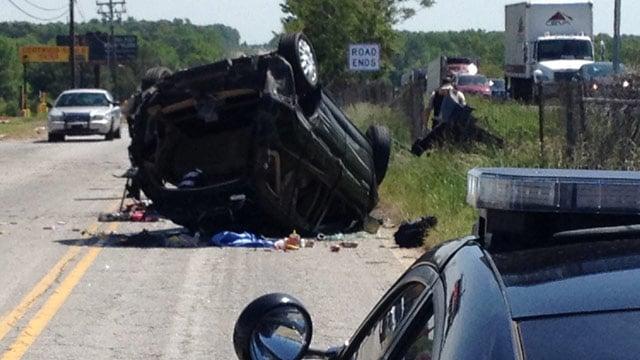 Scene of the crash along the I-85 frontage exit. (May 5, 2014/FOX Carolina)