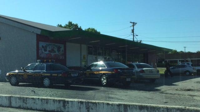 Deputies at La Esperanza bakery on N. Pleasantburg Drive. (May 16, 2014/FOX Carolina)