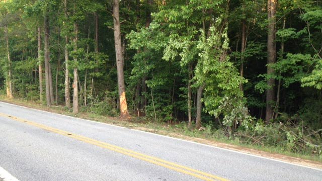 The scene of the accident on Shady Grove Church Road. (May 21, 2014/FOX Carolina)