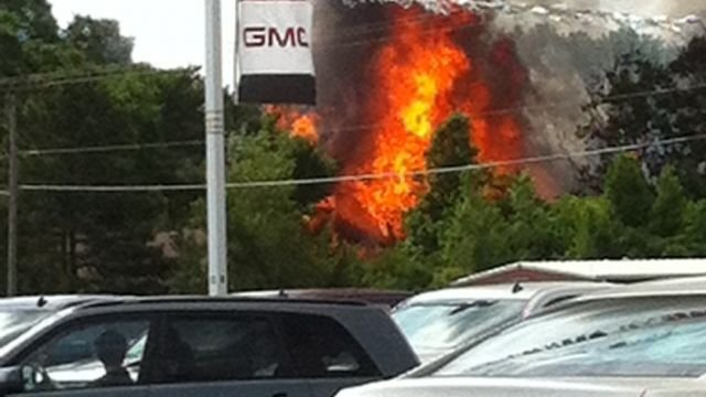 Flames shoot from vacant home in Gaffney (Photo credit: J. Darling)