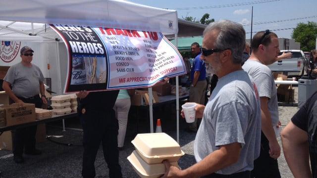 Firefighters host BBQ lunch. (June 18, 2014/FOX Carolina)