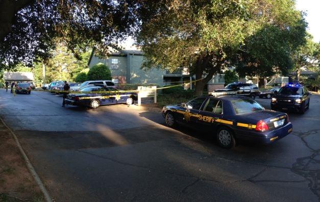 Deputies respond to Huntington Downs apartment complex. (June 22, 2014/FOX Carolina)