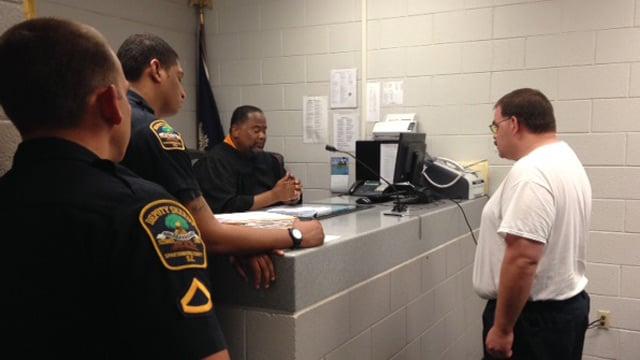 Walter Davis appears in court for a bond hearing. (June 24, 2014/FOX Carolina)
