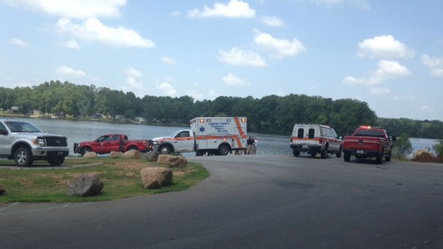 Firefighters and paramedics respond to boat ramp after innertubing accident. (July 1, 2014/FOX Carolina)