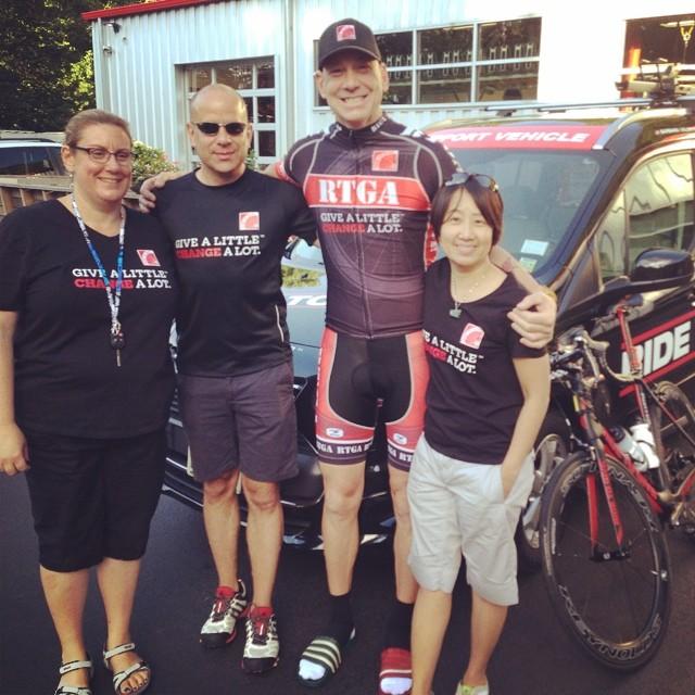 Nazaroff with Nyack, NY supporters Sunday (Courtesy: Ride to Give/ Facebook)
