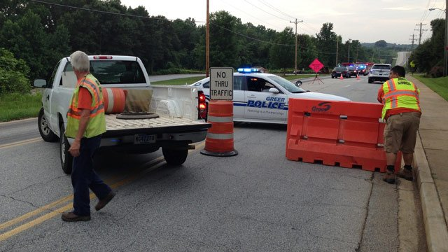 Hammett Bridge Road is blocked in front of the Riverside Middle. (July 9, 2014/FOX Carolina)