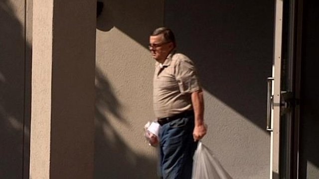 Lawrence Campbell leaves jail on Wednesday after his case was dismissed. (July 16, 2014/FOX Carolina)