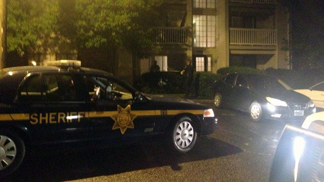 Deputies investigate a reported stabbing at The Granite apartments. (July 19, 2014/FOX Carolina)