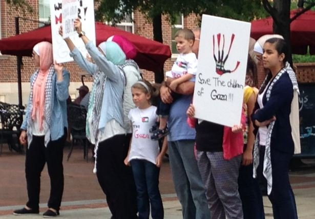 Protesters gather in Greenville. (July 20, 2014/FOX Carolina)