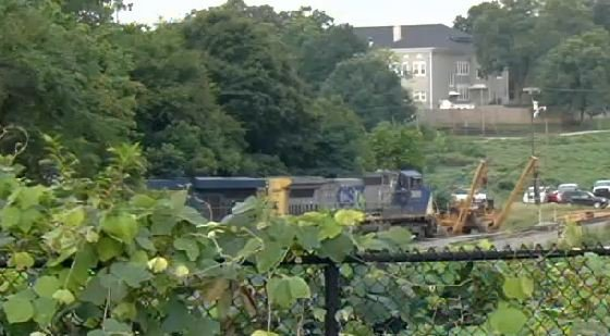 Spartanburg fire and Hazmat crews respond to CSX train derailment. (July 26, 2014/FOX Carolina)