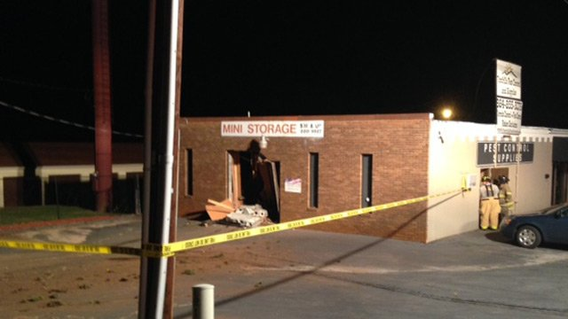 The damaged mini storage building. (July 30, 2014/FOX Carolina)