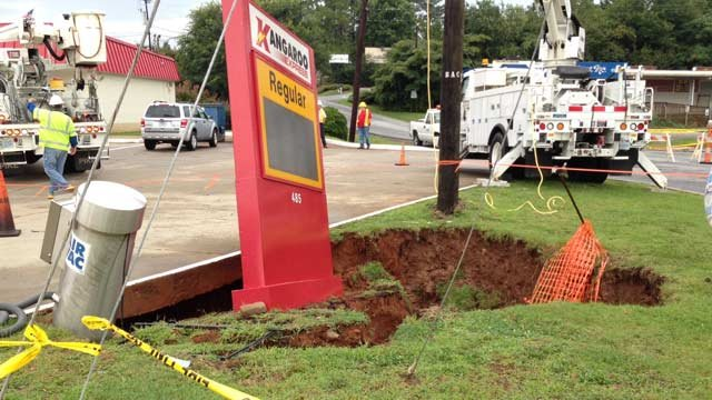Police shut down Haywood Road because of a sinkhole. (Aug. 1, 2014/FOX Carolina)