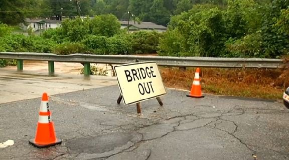 SCDOT crews closed the Burke St. bridge because of rising waters. (Aug. 1, 2014/FOX Carolina)