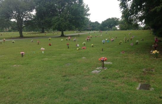 Police investigate vandalism at Greenlawn Memorial Gardens (FOX Carolina)