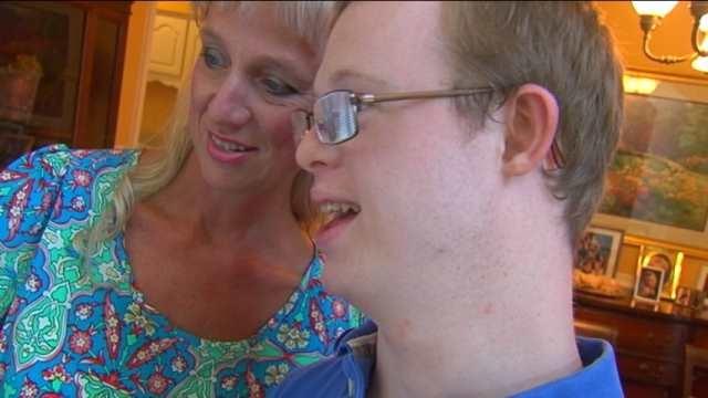 Rion Holcombe and his mom Susan. (Aug. 5, 2014/FOX Carolina)