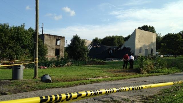 The building collapsed on Sullivan Street in Williamston. (Aug. 11, 2013/FOX Carolina)